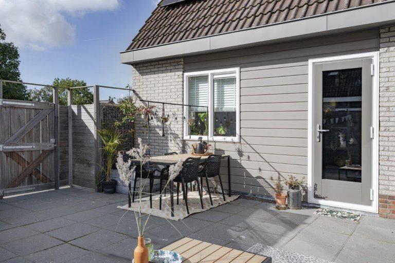 Select Windows Drachten - kunststof kozijnen in Leeuwarden - Kunststof kozijnen versus houten kozijnen