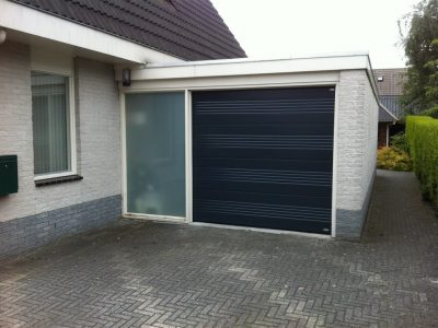 Select Windows Drachten - garagedeuren