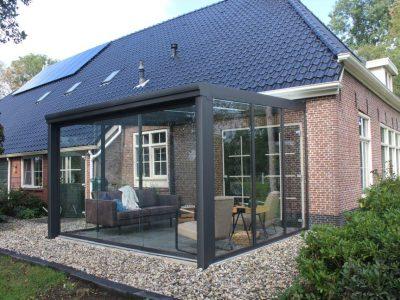 Select Windows Drachten - Kunststof kozijnen, terrasoverkapping, veranda met glazen schuifwanden