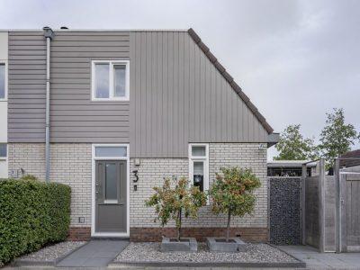 Select Windows Drachten - kunststof voordeur in Leeuwarden